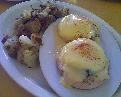 Eggs Benedict at Honey Honey
